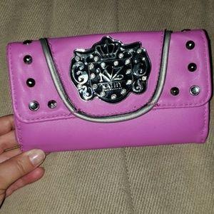 Super cute wallet!